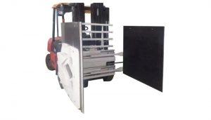Кріплення картонного кріплення до навантажувача